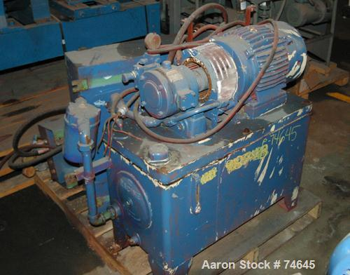 Used- Fitzpatrick Chilsonator, Model DM, Type IR4LX10D, 316 Stainless Steel Wetted Parts. Driven by a 7.5 hp Reeves varidriv...
