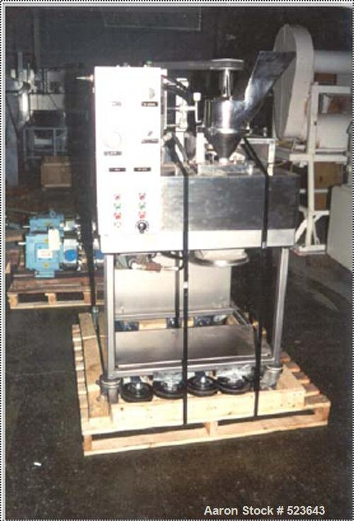 """USED: Fitzpatrick model L-80 chilsonator, 1.5"""" x 8"""" rolls, axial grooved. All polished stainless steel contact parts. Roll d..."""