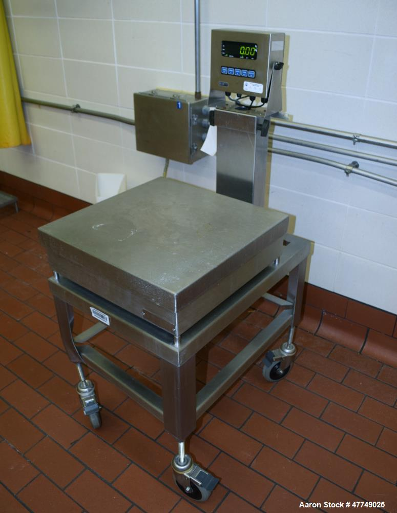 """Used- GSE Platform Scale. Approximate 20"""" x 20"""" stainless steel platform. Includes a model 350 controller, serial# 539008."""