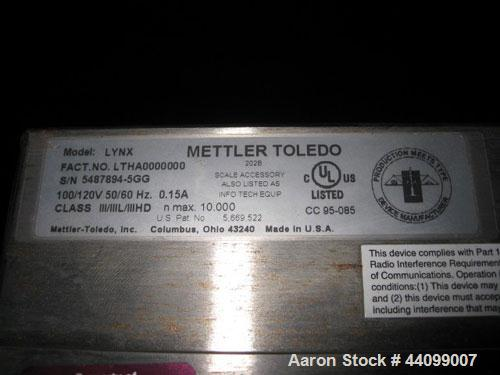 Used- Mettler Portable Floor Scale, Stainless Steel. 10,000 Pound capacity. Includes a Lynx readout.