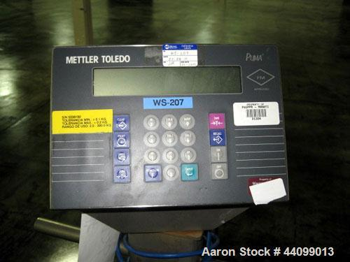Used- Mettler Portable Floor Scale, Stainless Steel. 5,000 Pound capacity. Includes a Puma readout.