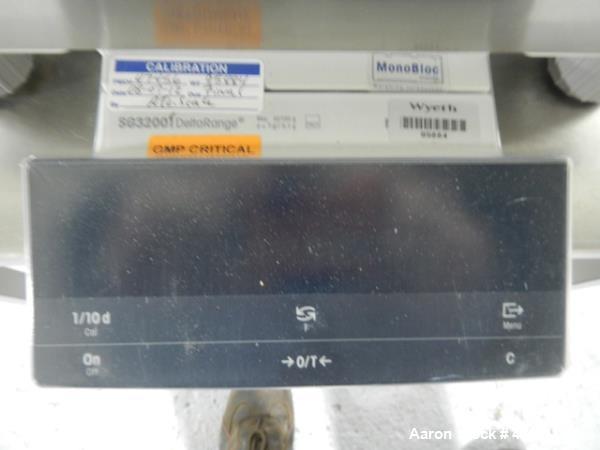"""Used- Mettler Toledo Balance, Model SG32001. Delta range, 11"""" x 14"""" stainless steel top, serial# 1121152146."""