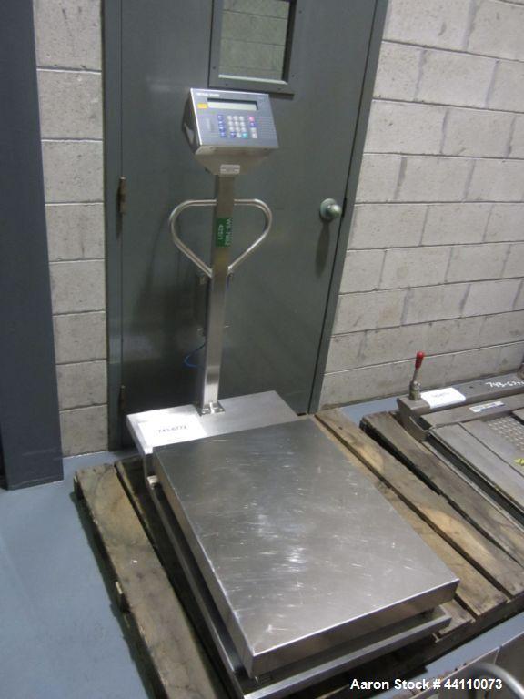 Used- Mettler Toledo Scale 100 kg Max (0.01 kg division) Portable Toledo Puma Floor Scale