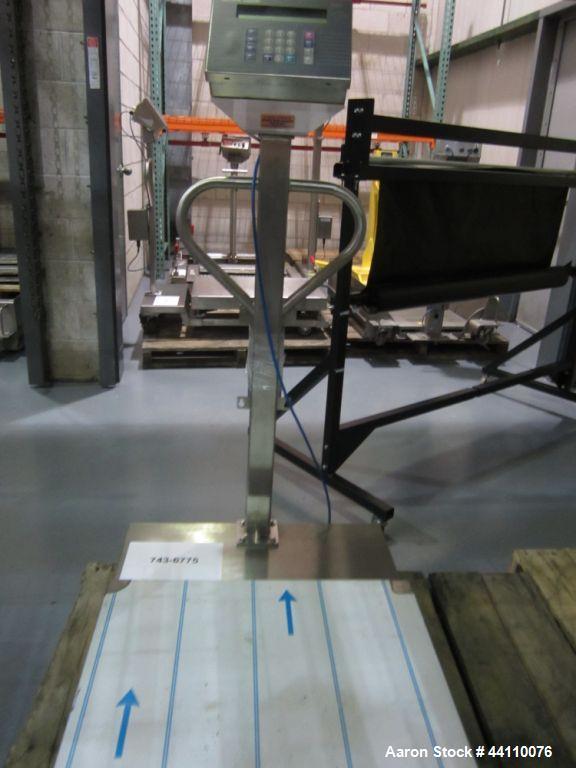 Unused- Mettler Toledo Scale 500 kg Max (0.1 kg division) Portable Toledo Puma Floor Scale
