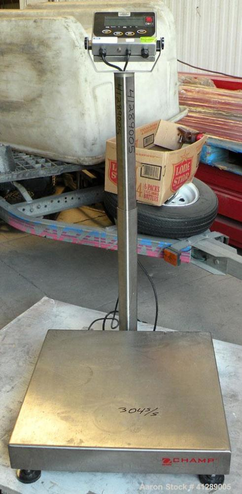 """Used- Platform Scale, 5000 Capacity, 304 stainless steel. 24"""" x 24"""" platform. Includes anOHauswashdown indicator, model CW..."""