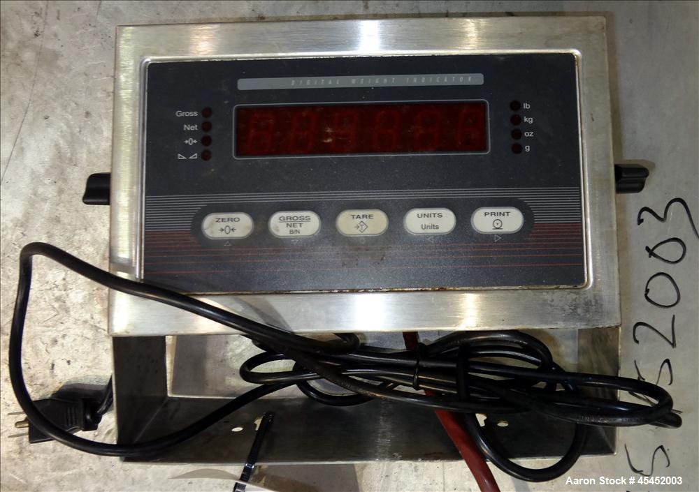 Used- Rice Lake Weighing Systems Digital Floor Scale, Model 5x5HPSS-5K. Maximum weight capacity is 5000 pounds. Includes dig...