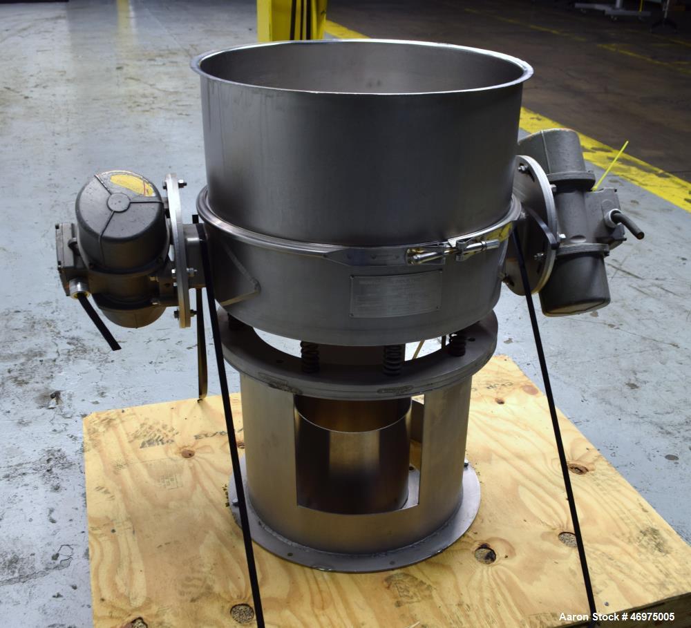 "Used- Midwestern Industries Low Profile Wet Scalping Screener, Model MLP24S6-4, 304 Stainless Steel. Approximate 24"" diamete..."