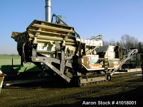 Used-Metso Minerals Mobile Shredder (Crusher), Model LT 1110S. New 2004. Includes 250 kW/338 hp diesel motor. Vehicle is tra...