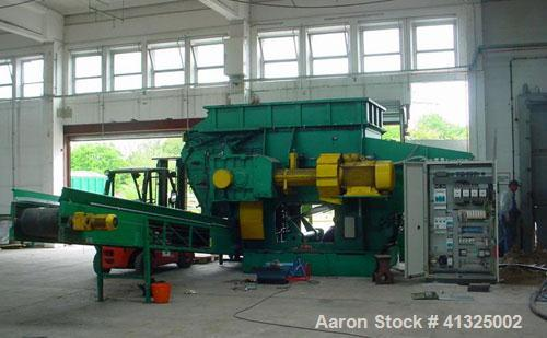 Used-Vecoplan VAZ 300-180 UNF Single Roll Shredder with 134 kW (178 hp) motor, 1800 mm x 3000 mm (5.9' x 9.8') inlet, with 6...