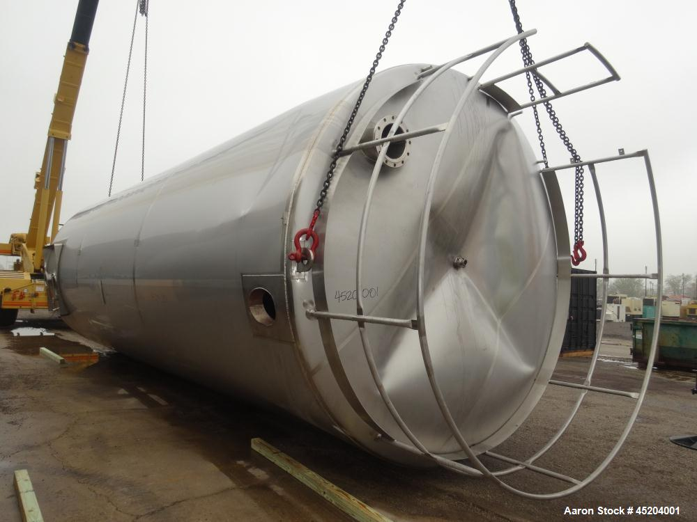 Used- Stainless Steel Silo, 25,000 Gallon
