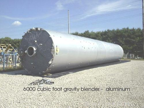 USED: 6,420 cubic foot aluminum storage bin and gravity blender, 12' diameter x 78' high skirt supported. Aluminum construct...