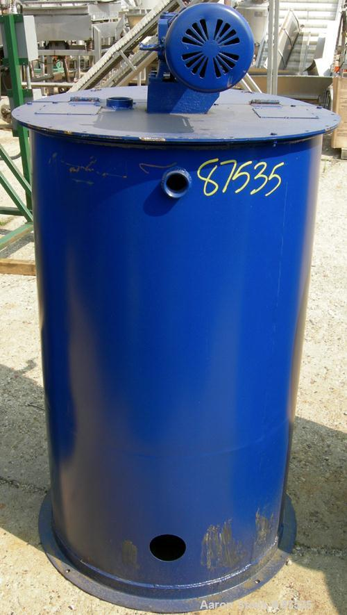 """USED: Graco Mix Tank, 100 gallon, carbon steel, vertical. 30"""" diameter x 33"""" straight side. Flat bolt on top with 1/3 hinged..."""