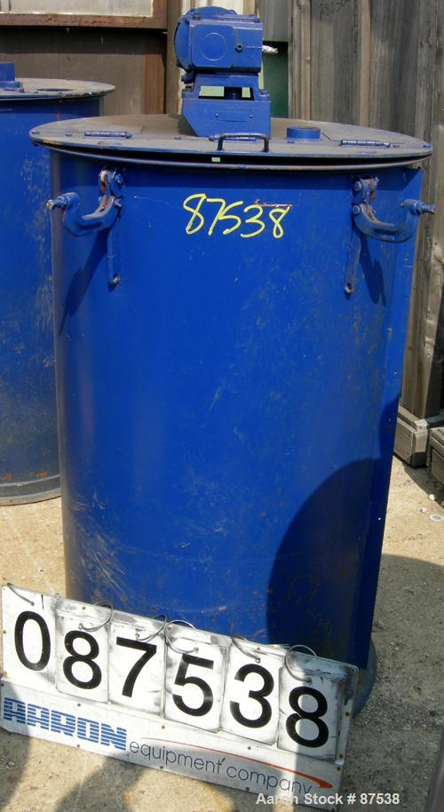 "USED: Graco Mix Tank, 100 gallon, carbon steel, vertical. 30"" diameter x 33"" straight side. Flat bolt on top with 1/3 hinged..."