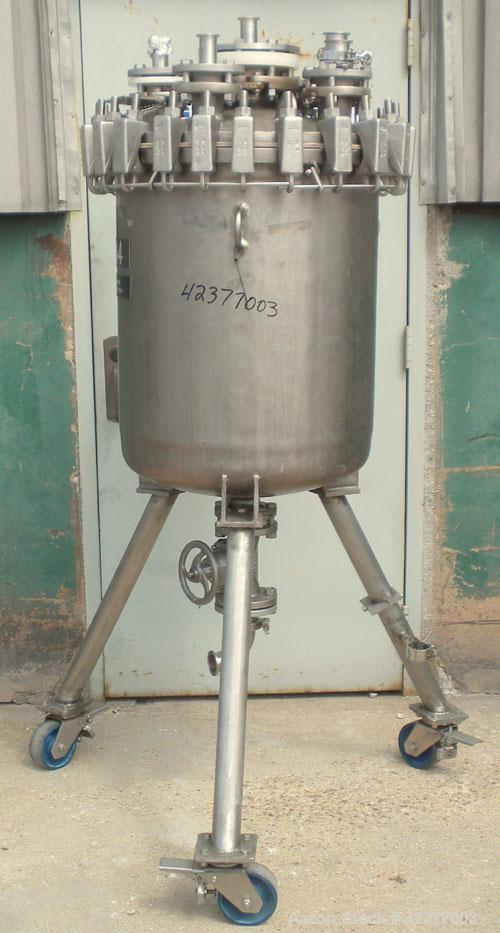"""Used- DeDietrich Glass Lined Pressure Receiver, 50 gallon, 3008 blue glass internal, NI200 nickel outside, vertical. 22-1/2""""..."""