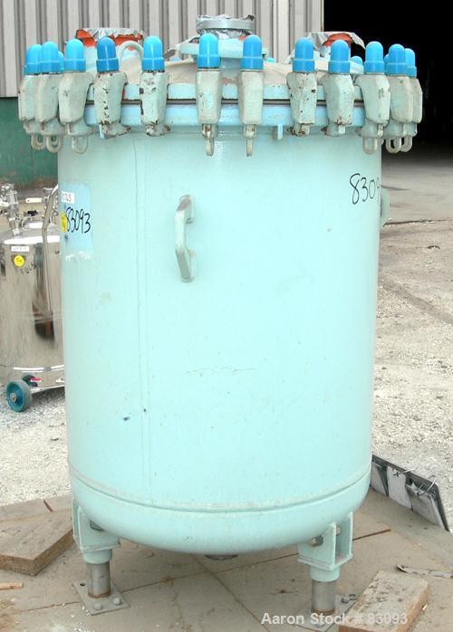 "Used- Dedietrich Glass Lined Pressure Tank, 125 Gallon, 3008 Glass, Vertical. 31"" diameter x 37"" straight side. Dish bolt-on..."