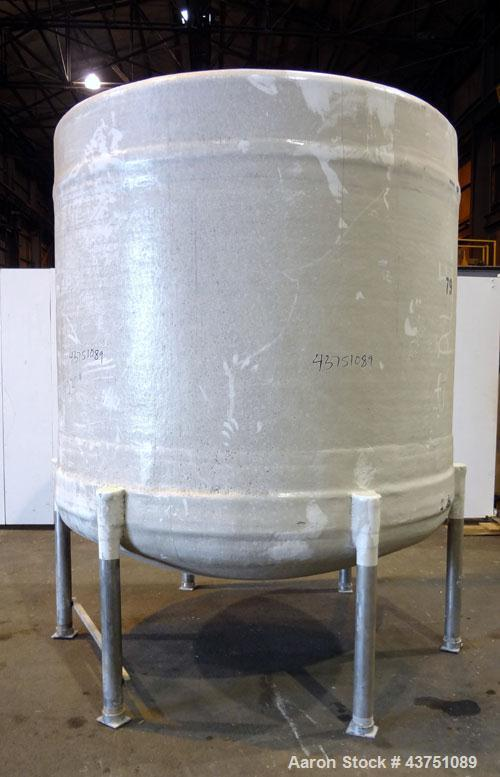 "Used- Ohio GRP Fiberglass Storage Tank, 2000 Gallons, Vertical. Approximately 84"" diameter x 76"" straight side, dished top a..."