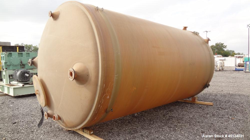 Used- 7200 Gallon Fiberglass Tank