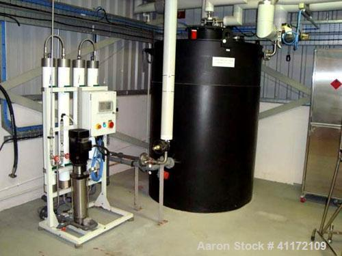 Used- Tank, Approximately528 Gallon (2,000 liter),HDPE, Vertical.