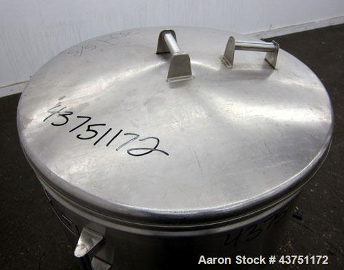 "Used- Tank, 100 Gallon, 304 Stainless Steel, Vertical.  Approximately 31"" diameter x 38"" straight side.  Open top with a 1 p..."