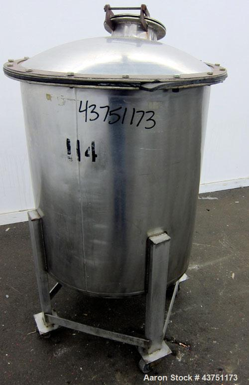 """Used- Tank, 100 Gallon, 304 Stainless Steel, Vertical.  30"""" Diameter x 34"""" straight side.  Dished bolt-on top with an 8"""" han..."""