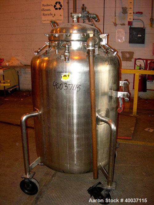"Used-Used: Walker Stainless Pressure Tank, 150 gallon, 316 L stainless steel, vertical. 34"" diameter x 39"" straight side, di..."