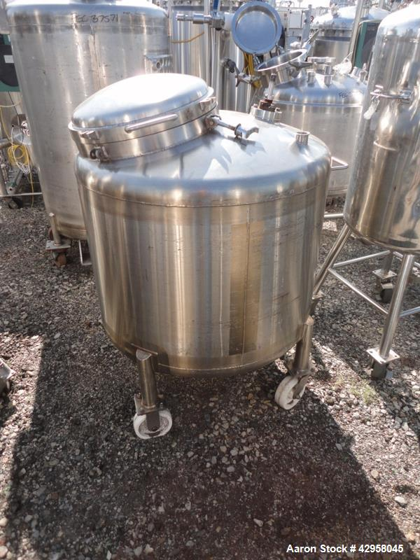 "Used-120 gallon Walker receiver, 316 stainless steel stainless steel construction, 36"" diameter x 24"" straight side, dish to..."