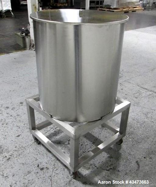 "Used- 75 gallon portable mix tank, stainless steel construction, 28"" diameter x 30"" straight side, open top, flat bottm, 1.5..."