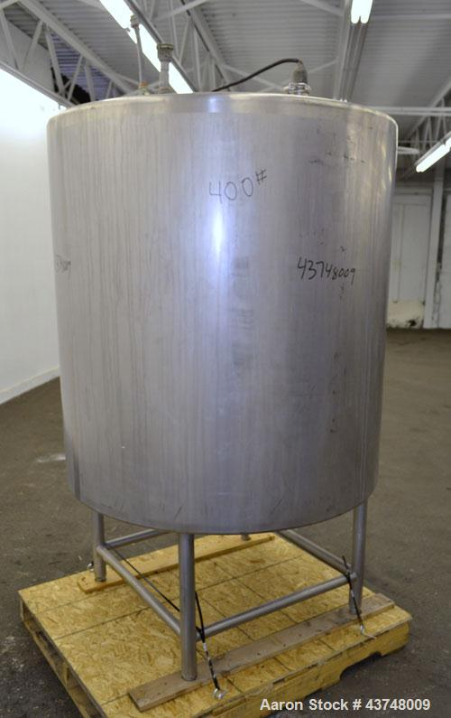 Used- 325 Gallon Stainless Steel Tank