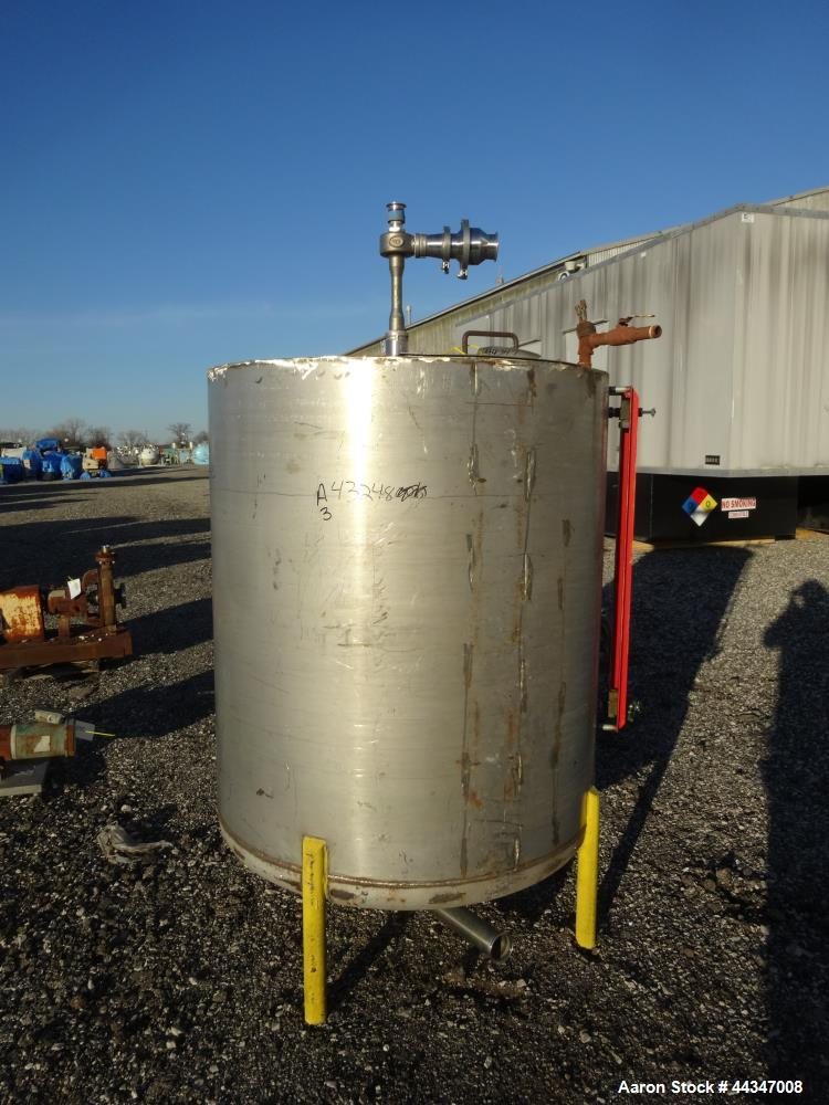 """Used- Tank, 425 Gallon, 316 Stainless Steel, Vertical. Approximate 48"""" diameter x 52"""" straight side, flat weled top, dished ..."""