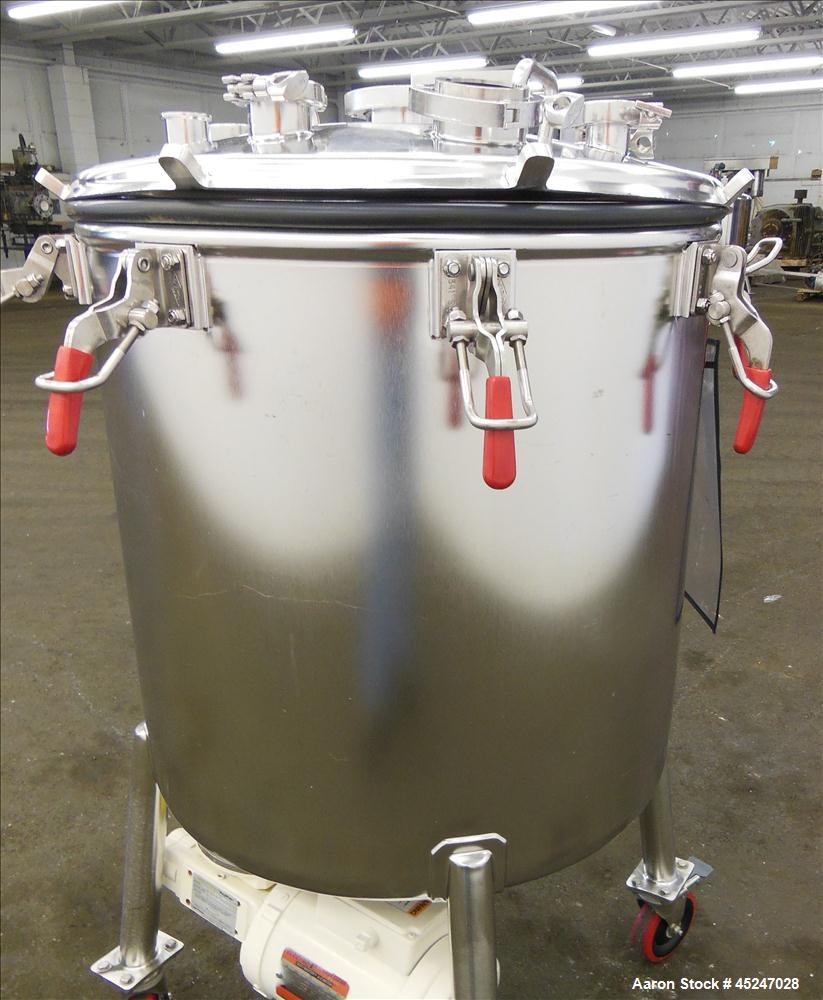 Used- 60 Gallon Stainless Steel MW Bulling Metal Works Tank, Model MBI610K55