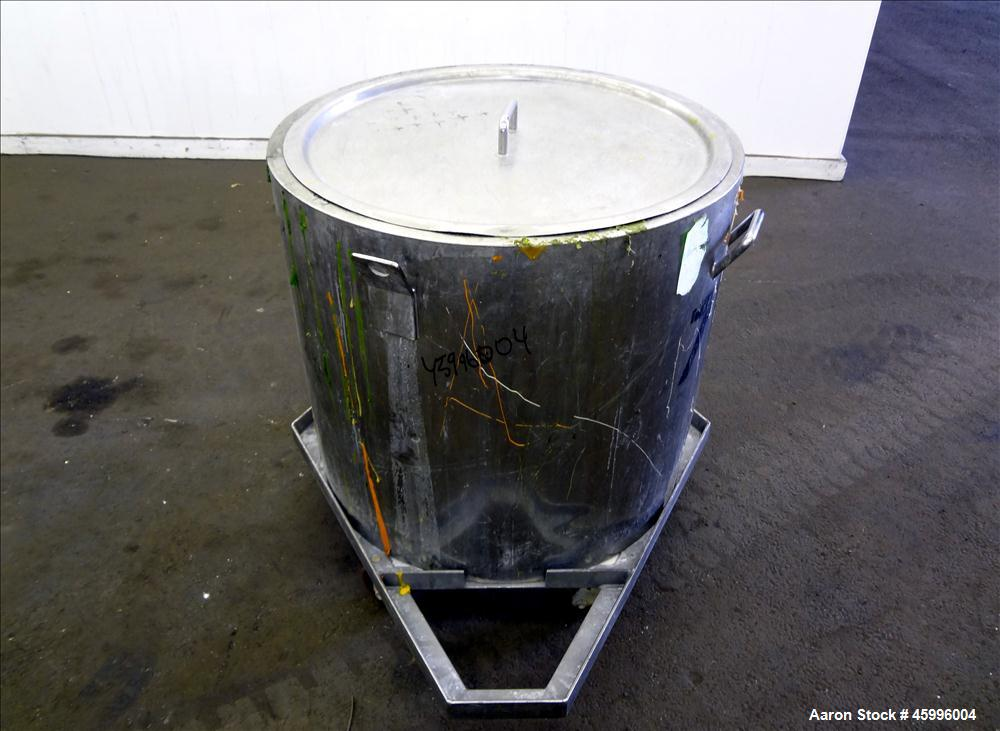 Used- Tank, Approximate 60 Gallon, 304 Stainless Steel, Vertical