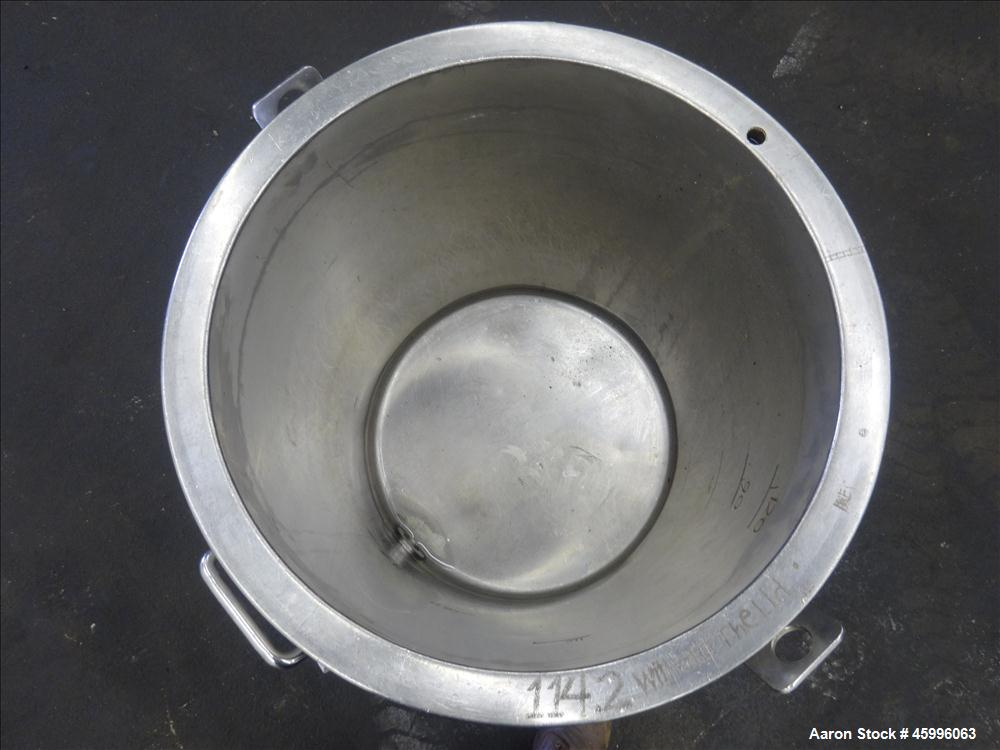 "Used- Tank, Approximate 30 Gallon, 304 Stainless Steel, Jacketed, Vertical. 20"" diameter x 26"" straight side. Pitched sloped..."