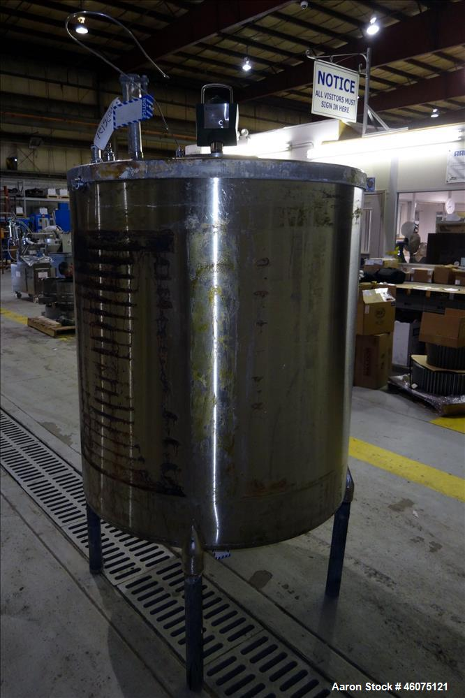 """Used- Tank, Approximate 300 Gallon, 304 Stainless Steel, Vertical. Approximate 44"""" diameter x 50"""" straight side, flat top, c..."""