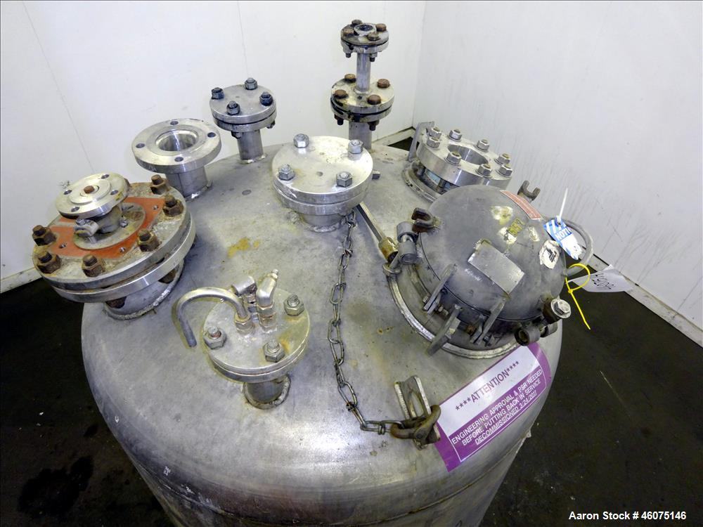 """Used- Tank, 275 Gallon, 316 Stainless Steel, Vertical. Approximate 42"""" diameter x 42"""" straight side, dished top & bottom. Of..."""