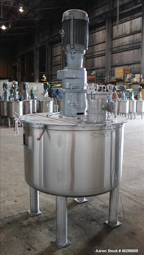"""Used- Tank, Approximately 200 Gallons, 304 Stainless Steel, Vertical. 46"""" Diameter x 25"""" straight side. Bolt-on flat top wit..."""