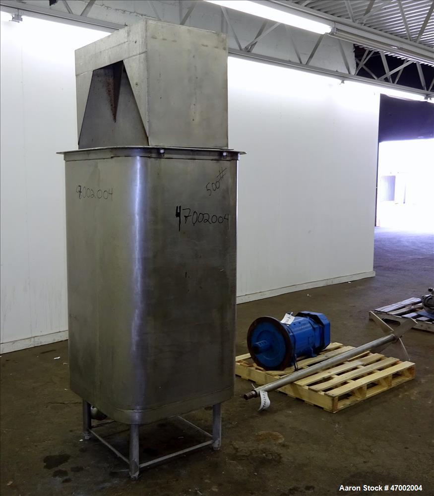 Used- Custom Mixing Tank, 220 Gallons, 304 Stainless Steel, Vertical.