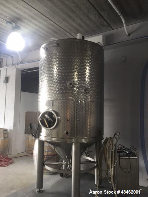 Used- Ganimede Diaphragm Tank. Red Fermenter, 44 HL, 3 ton capacity. 304 stainless steel. Conical top. Internal funneled dia...