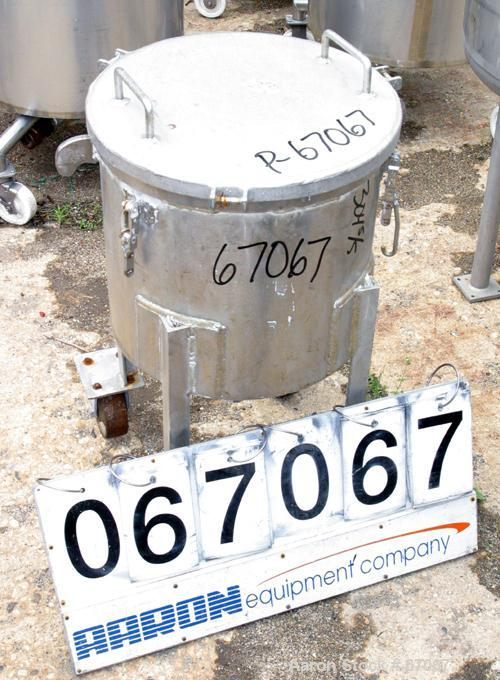 """USED: Tank, 304 stainless steel, 18 gallon, 17-1/2"""" diameter x 17"""" straight side, flat clamp on top cover, flat bottom. 2"""" c..."""