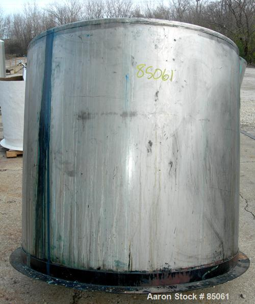 """USED: Mix tank, 525 gallon, 304 stainless steel, vertical. 54"""" diameter x 51"""" straight side. Flat top, slight coned bottom. ..."""
