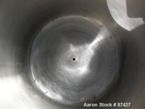 """USED: Tank, 25 gallon, 304 stainless steel, vertical. 18"""" diameter x 24"""" straight side, dish top and bottom. Openings: top (..."""