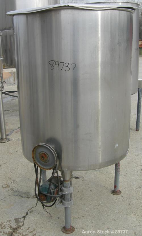 "USED: Tank, 225 gallon, 304 stainless steel, vertical. 38"" diameter x 46"" straight side, open top, no cover, coned bottom. A..."