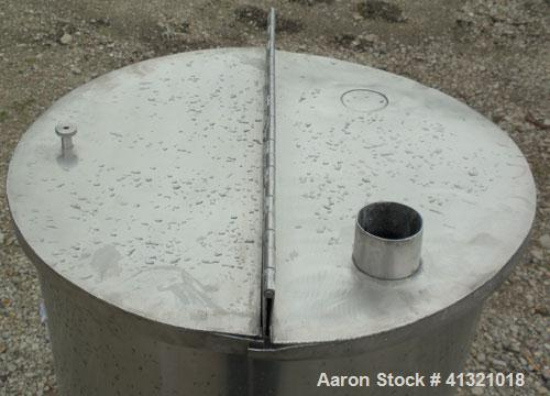 Used- A&B Process Systems Tank, 50 Gallon, 304 Stainless Steel, Model RVT-50, Vertical. 22'' diameter x 30'' straight side. ...