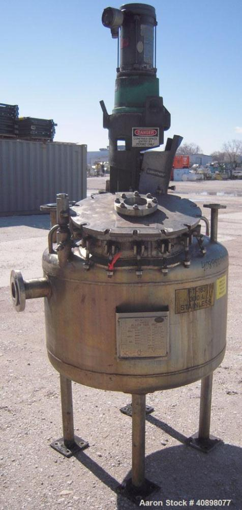 """Used- Alloy Fab Pressure Tank, 100 gallon, 304L stainless steel, vertical. 36"""" diameter x 18"""" straight side, dish top and bo..."""