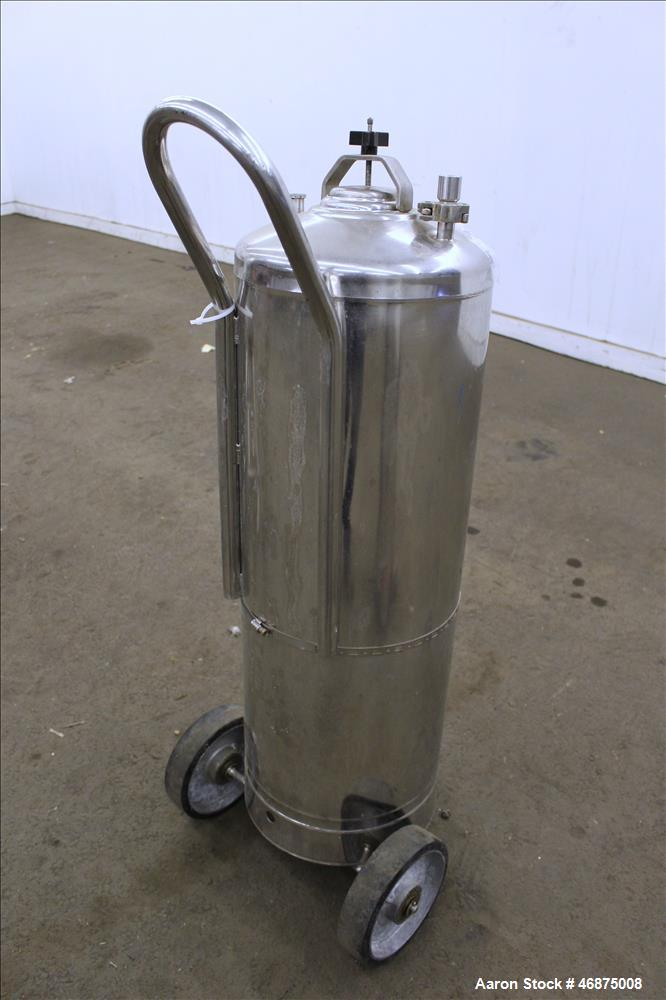 "Used- Alloy Products Tank, 60 Liter (15.8 Gallons), 316 Stainless Steel, Vertical. Approximate 12"" diameter x 29"" straight s..."