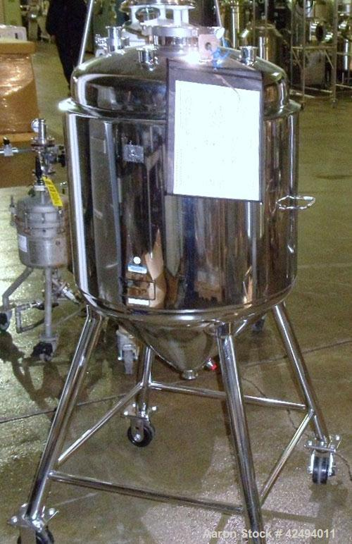 Used- Alloy Product Pressure Tank, 40 Gallon, 316L Stainless Steel, Vertical. 24'' Diameter x 20'' straight side, dished top...
