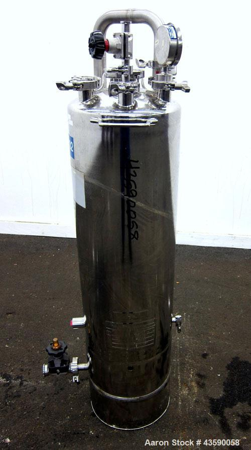 Used- 15 Gallon Stainless Steel Alloy Products Pressure Tank