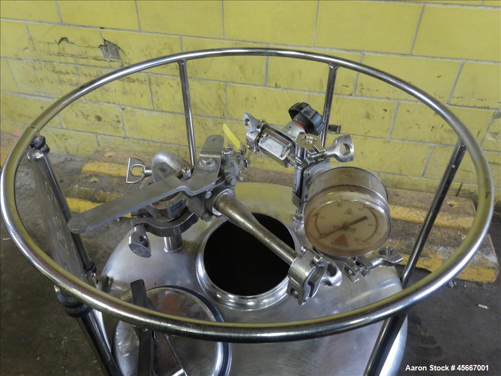 """Used- Alloy Products Pressure Tank, 30 Gallons, 316 Stainless Steel, Vertical. 17-1/2"""" diameter x 29"""" straight side. Dished ..."""