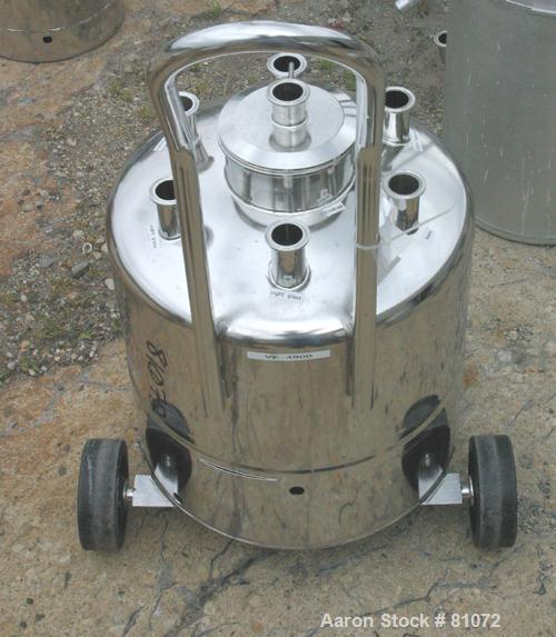 """USED: Alloy Products pressure tank, 13 gallon, 316L stainless steel, vertical. 18"""" diameter x 10"""" straight side. Dished top ..."""