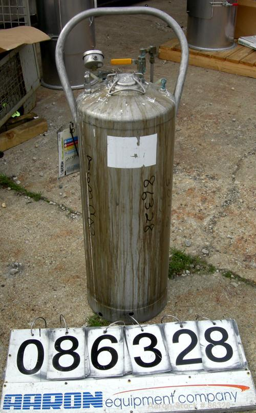 """USED- Alloy Products Pressure Tank, 16 Gallon, 304 Stainless Steel, Vertical. 12"""" diameter x 28"""" straight side. Dish top and..."""