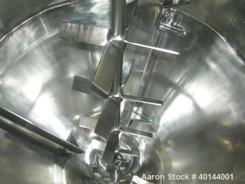 """Used- B & G Pressure Tank, 75 Gallon, 316 Stainless Steel, Vertical. Approximately 32"""" diameter x 20"""" straight side x 24"""" co..."""
